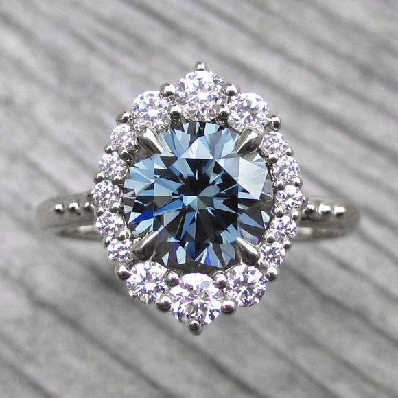 <center><strong>・EMERSON・</strong><br></center>Blue-Grey Iconic™ Moissanite, Diamond Halo (1.93ct)