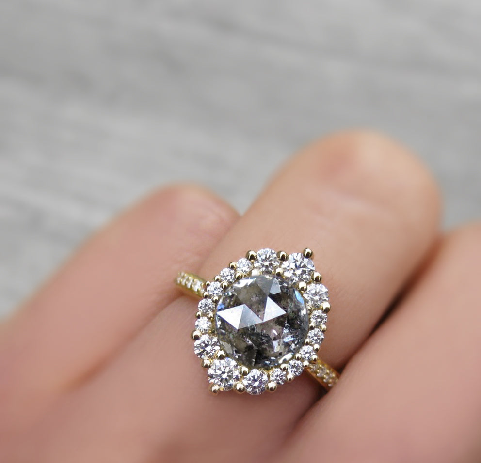 <center><strong>・EMERSON・</strong><br></center>Build Your Own: Salt + Pepper Diamond Halo Ring (1.95ctw+)