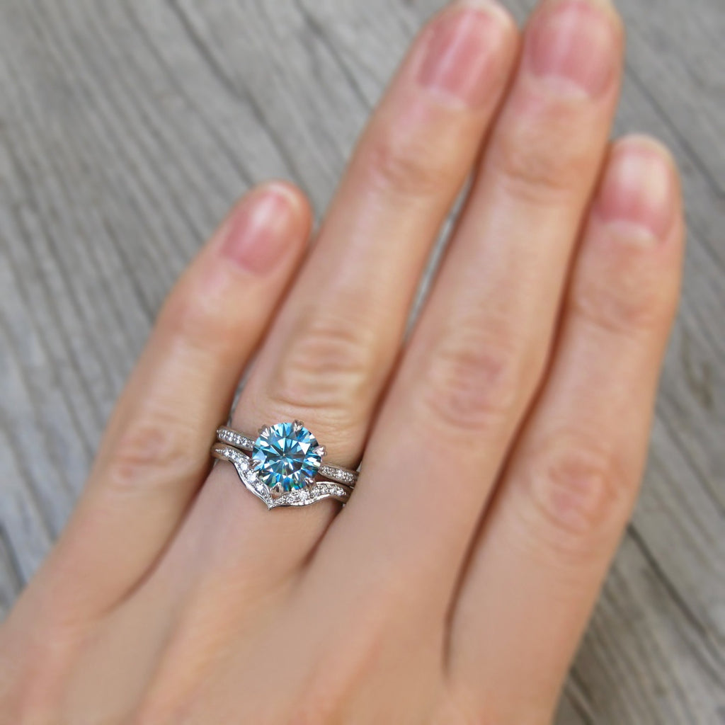 <center><strong>・CAMILLE・</strong><br></center>Aqua-Teal Iconic™ Moissanite, Twig Textured Diamond Band (1.5ct Center)