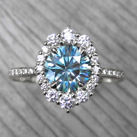 <center><strong>・EMERSON・</strong><br></center>Aqua-Teal Iconic™ Moissanite, Diamond Halo & Band (1.70ct+)