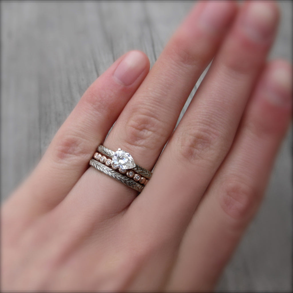 Feather Wedding Band Set