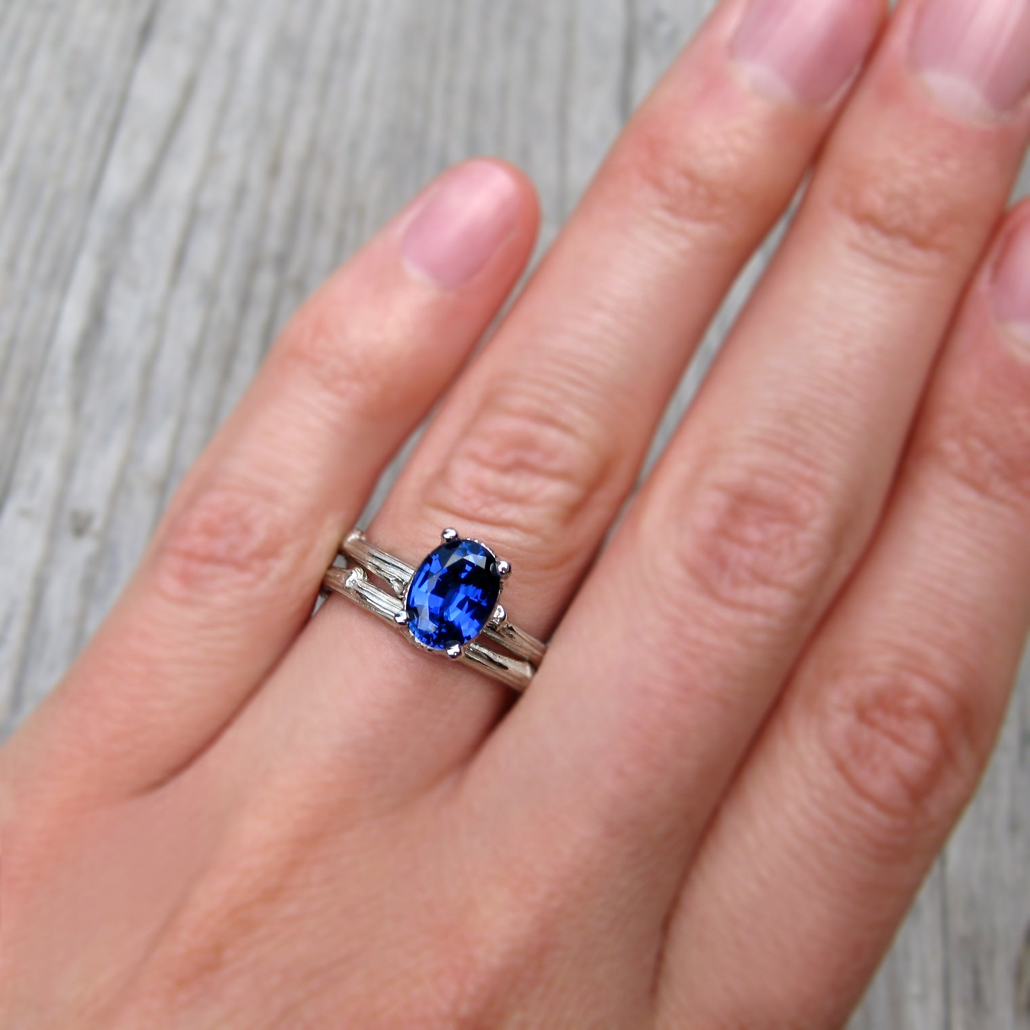 bands sapphire diamond carat white and gold ring