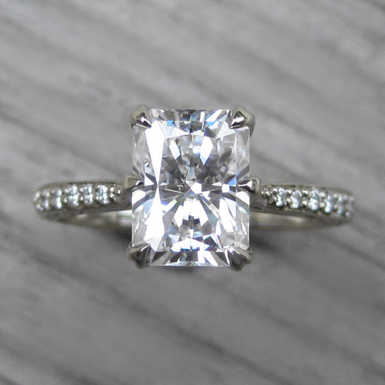 <center><strong>・NAOMI・</strong><br></center>Radiant Moissanite Center, Diamond Band (1.8ct Center, Ready to Ship)
