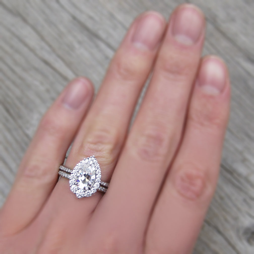 Forever One Pear Moissanite Halo Ring with Diamond Pavé