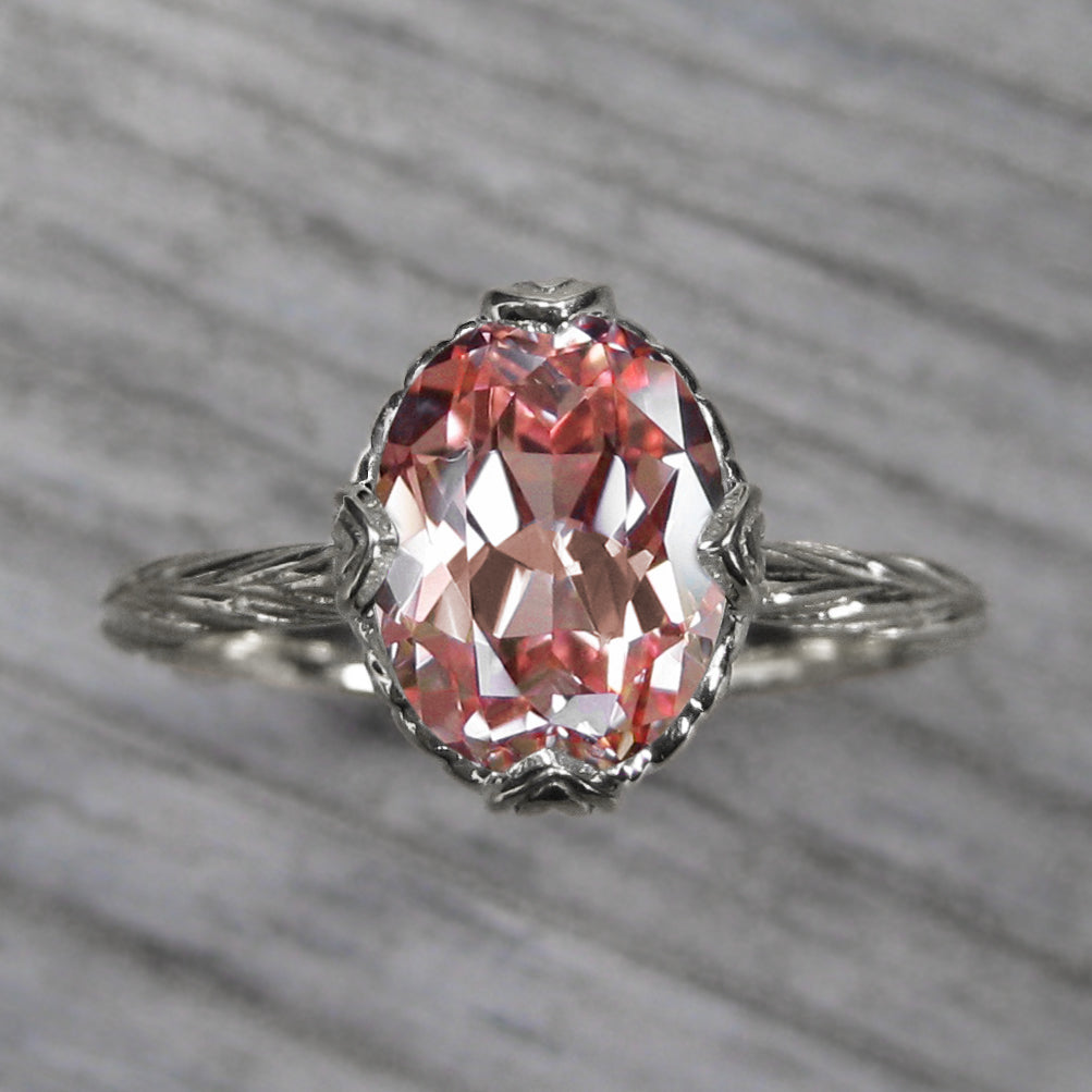 <center><strong>・OLIVIA・</strong><br></center> Oval Peach Sapphire, Willow Leaves, 2.72ct