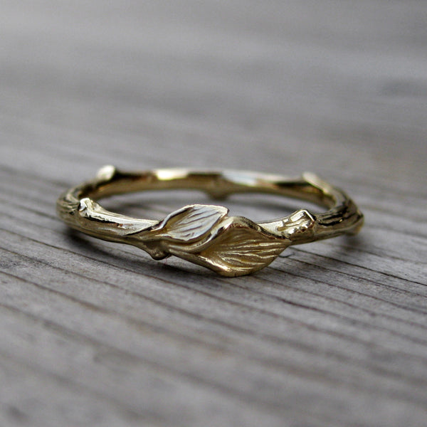 Twig & Leaf Wedding Band