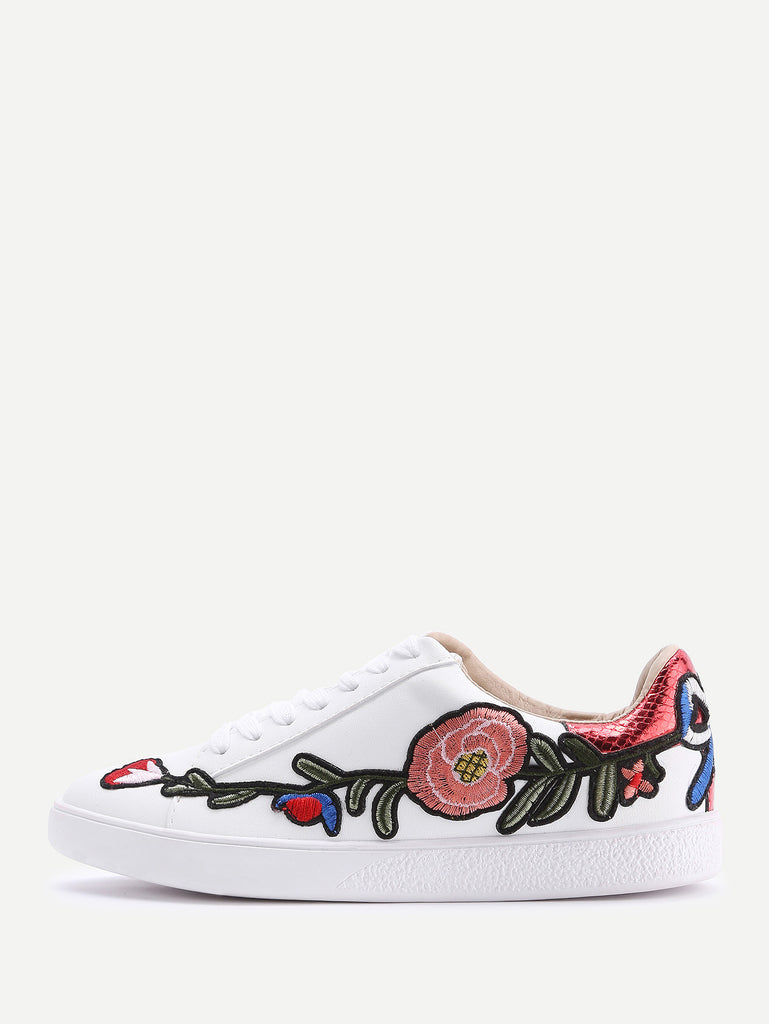 She Said Bloom Embroidered Sneaker