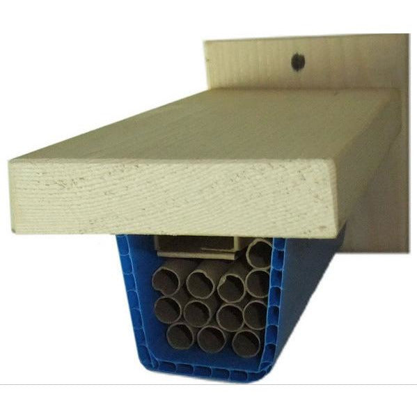 Mason Bee Shuttle Cottage with Straws