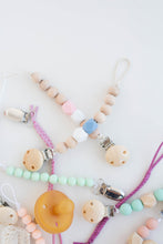 Load image into Gallery viewer, Classic Beaded Pacifier Clip
