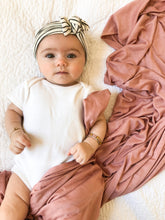 Load image into Gallery viewer, Set: Mauve Swaddle + Top Knot Hat