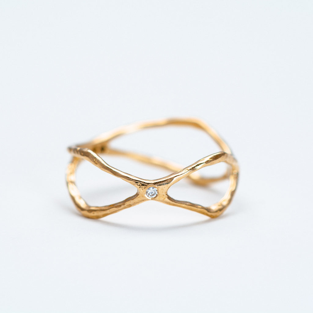 Lio + Linn - Sanctuary Ring with Diamond