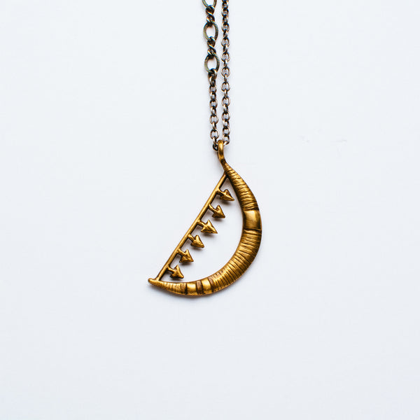 Lio + Linn - Moon and Arrow Necklace