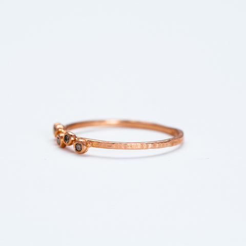 Lio + Linn - Feeling Ring with 5 Champagne Diamond