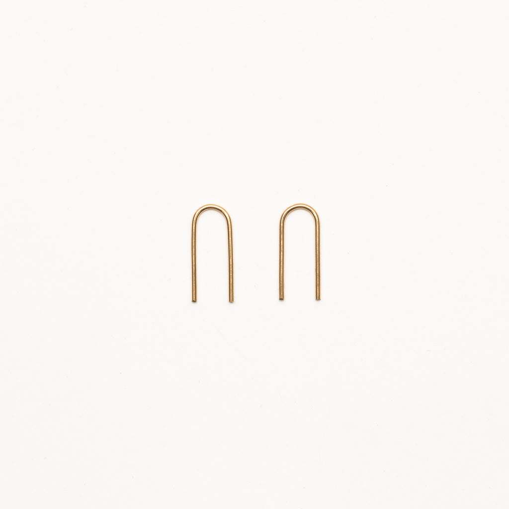 8.6.4 - Medium U-Shaped Earrings - Norbu