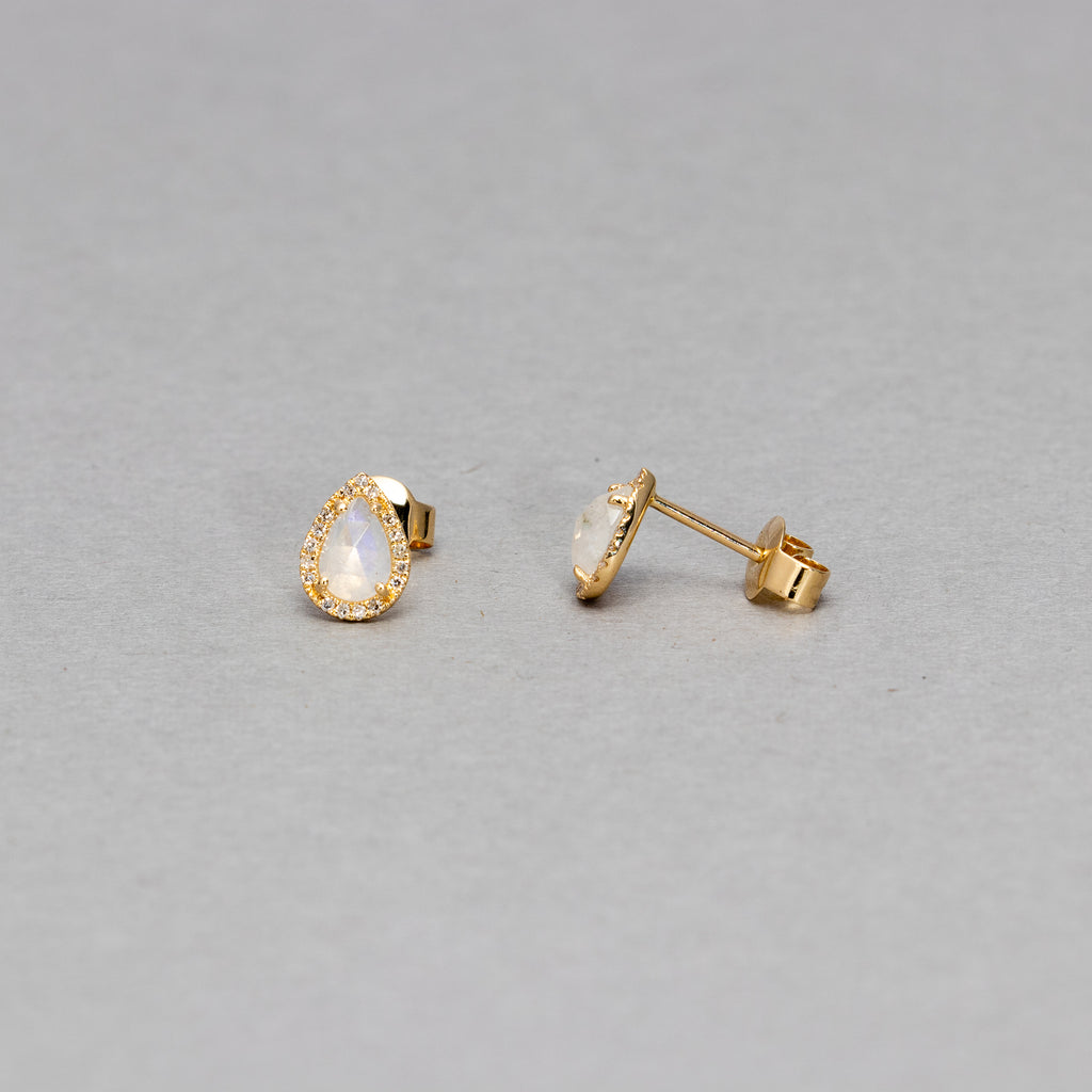 Liven - Pear shaped stud earrings