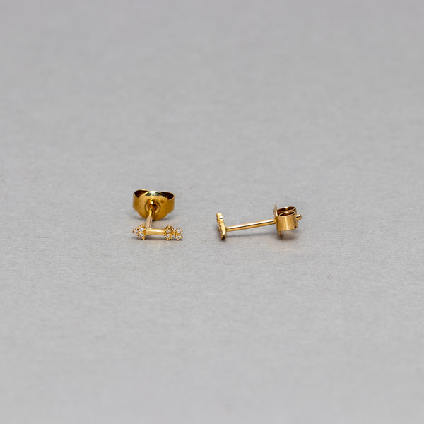 Liven - Petite Arrow stud earrings