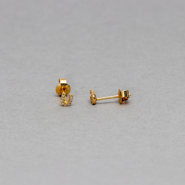 Liven - Petite horse shoe stud earrings