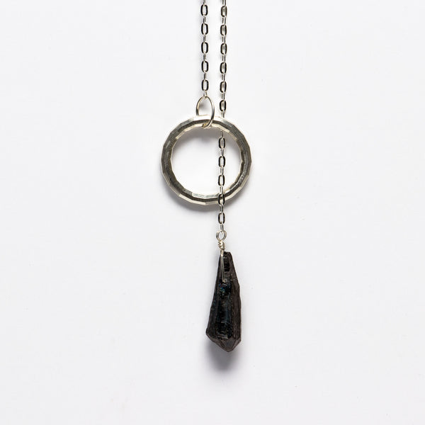 Jessica Decarlo - Circle lariat with black crystal