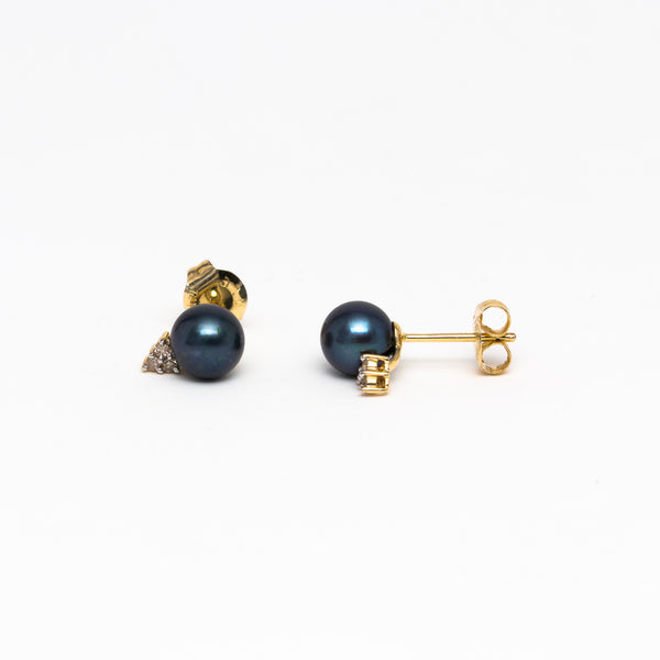 NFC - Black Cultured Pearl and Diamond Stud in Yellow Gold