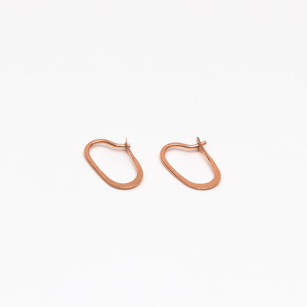Melissa Joy Manning - Small oval hoops