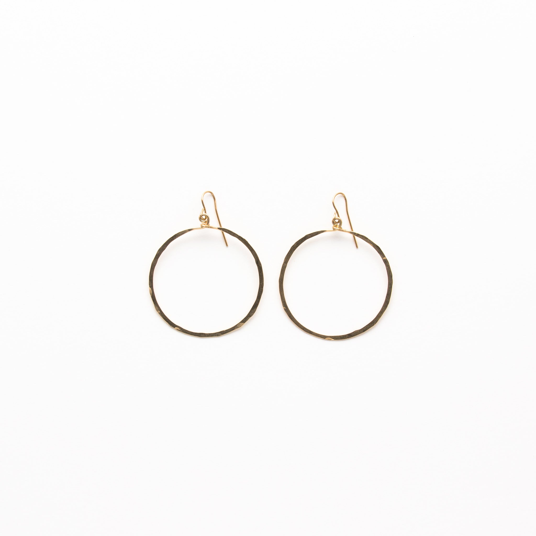 circle happiness en gold earrings rose boutique