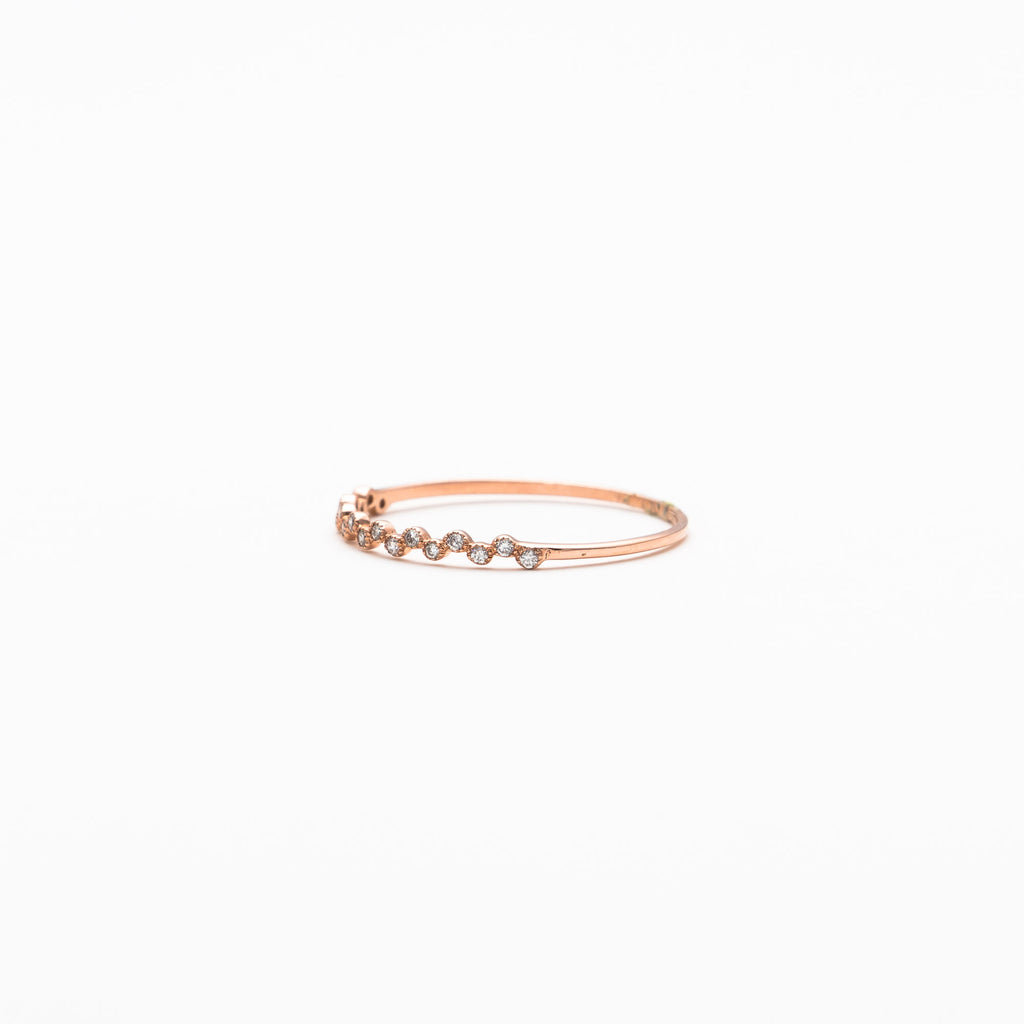 NFC - Super dainty diamond band