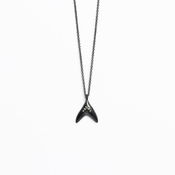 Branch Jewelry - Fin necklace