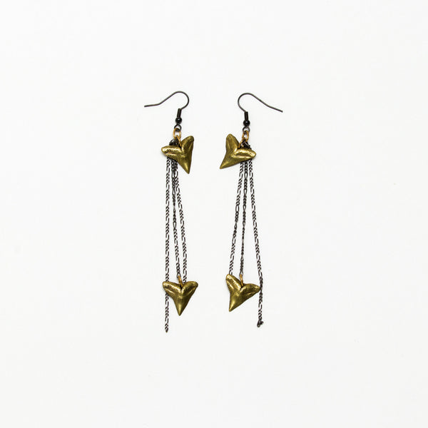 Alkemie Jewelry - Shark tooth earrings