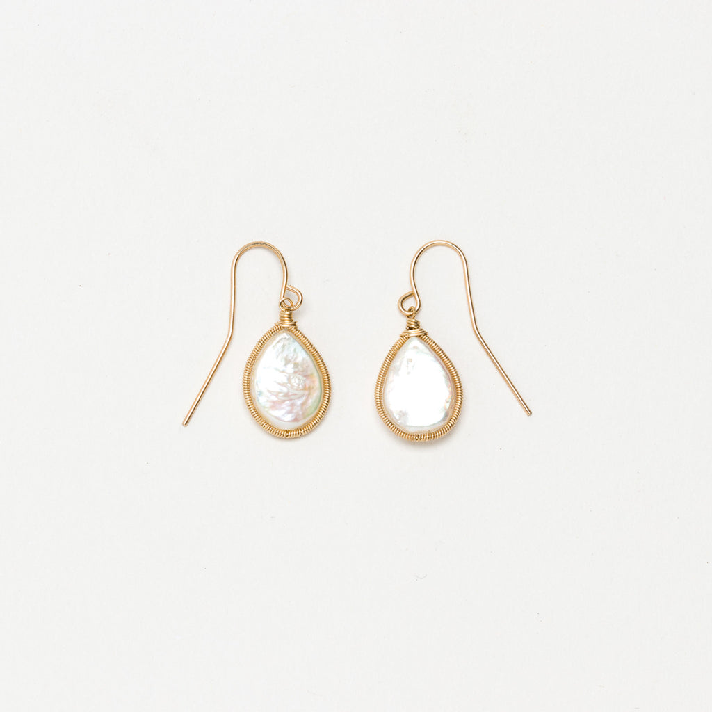 Lina - Pearl Drop Earrings