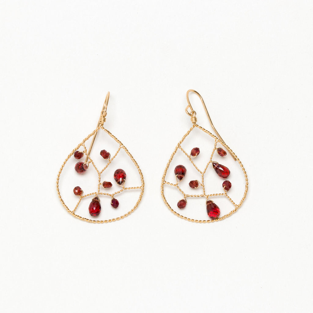 Lina - Garnet Earrings