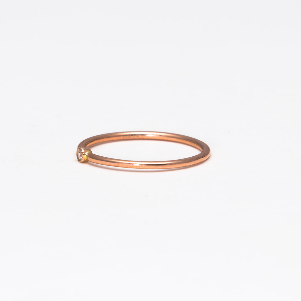 Liven - Single Bezel Ring