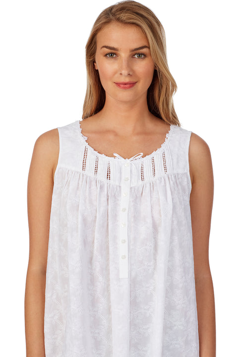 White Flowers Embroidered Short Chemise