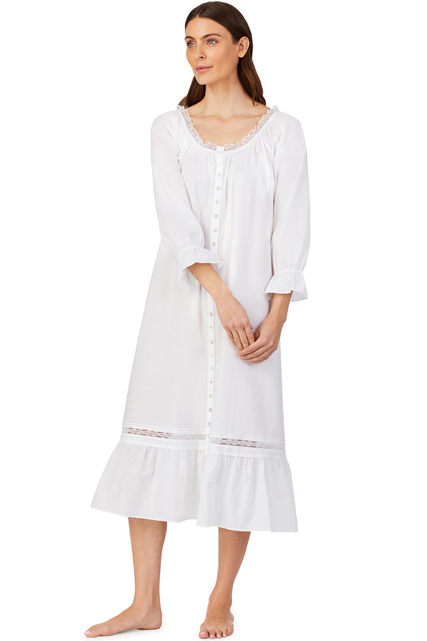 White Petal Ruffle Nightgown/ Robe