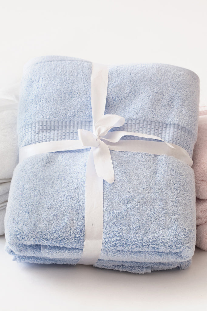 Eileen West Crystal Bay Towel Set