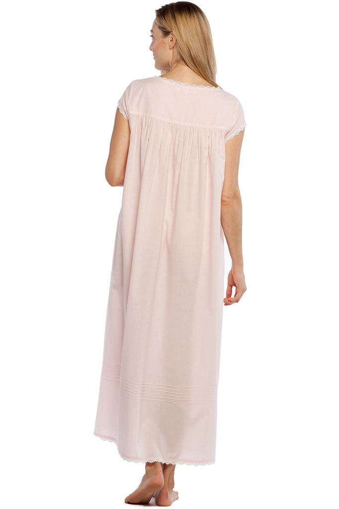 Romantic Weekend Cap Sleeve Gown