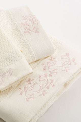 Eileen West Florentine Garden Towel Set