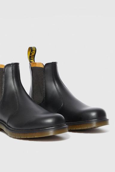 2976 Smooth Leather Chelsea Boots - Black