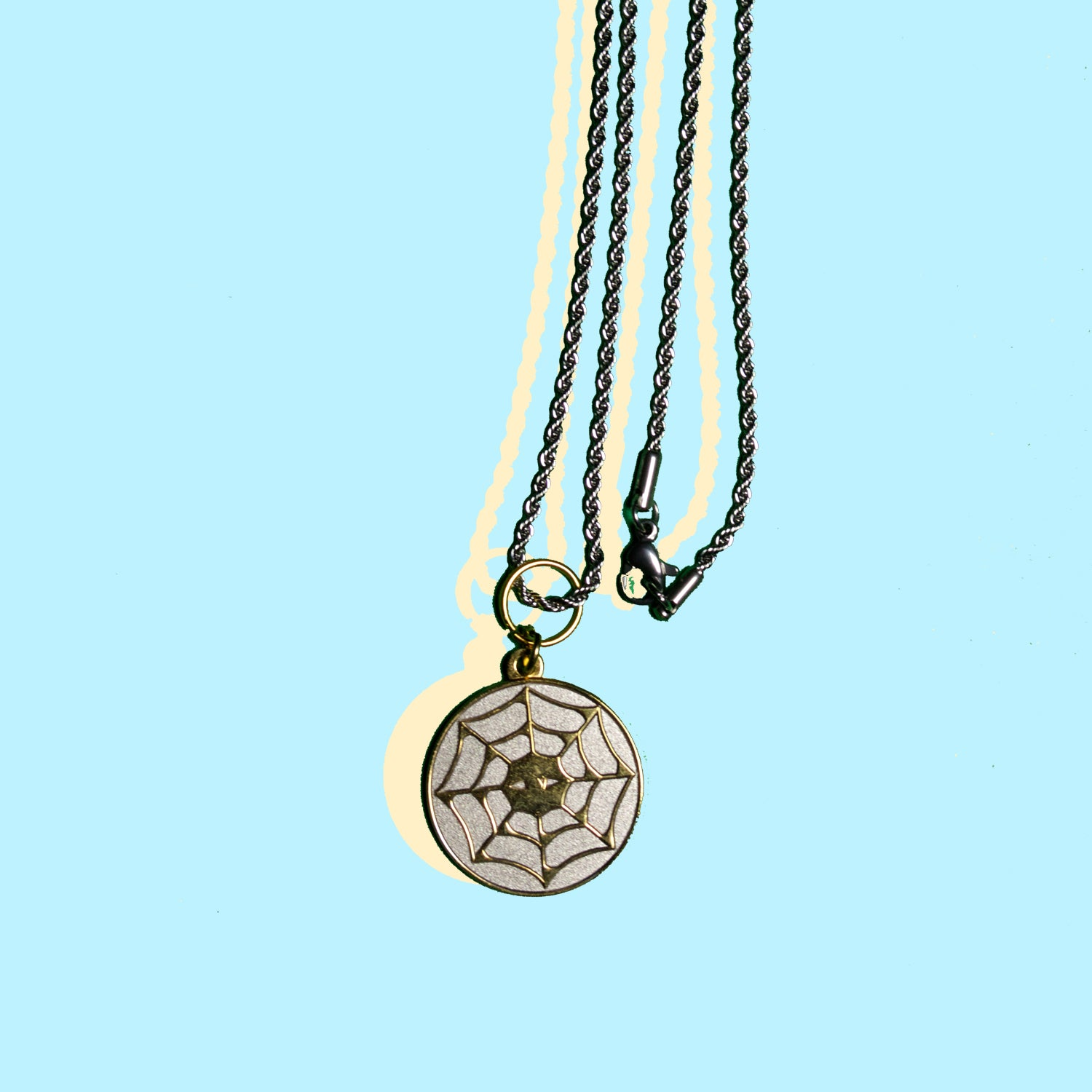 EYE WEB PENDANT NECKLACE