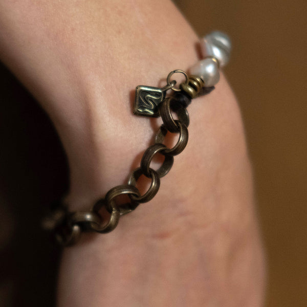 handmade-leather-Bracelet-Embrazio