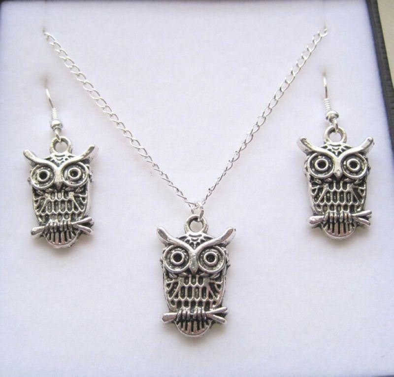 Silver Owl Earring & Necklace Set