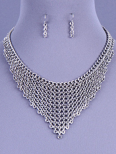 Tiered Chain Bib Necklace Set