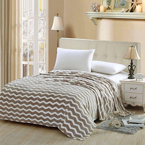 Luxurious Zigzag Modern Chevron Micro Fleece Blanket