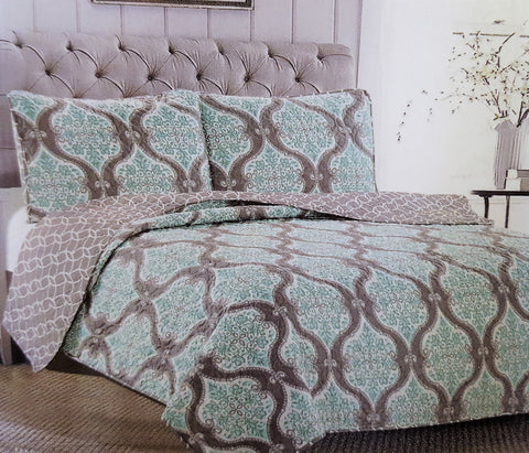 "Comfortable Elegance Turquoise Floral Queen Size Reversible 3-Piece Quilt Set: 1 Quilt (86"" x 86"") and 2 Pillow Shams (20"" x 26"")"