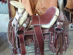 Montura Charra color VINO CON HERRAJE. Mexican Charro Saddle
