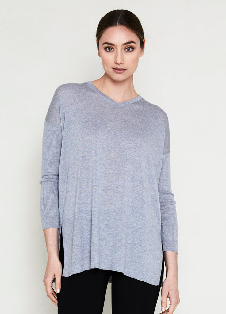 ES Basic Long V Neck