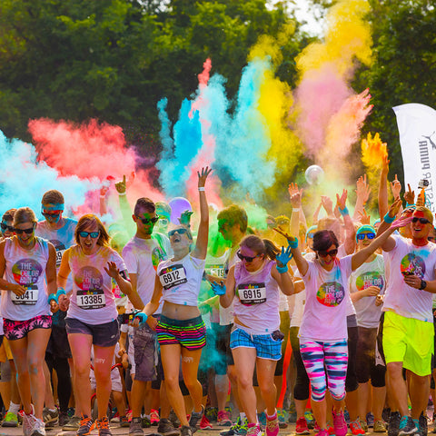People at the starting line of a Colour Run