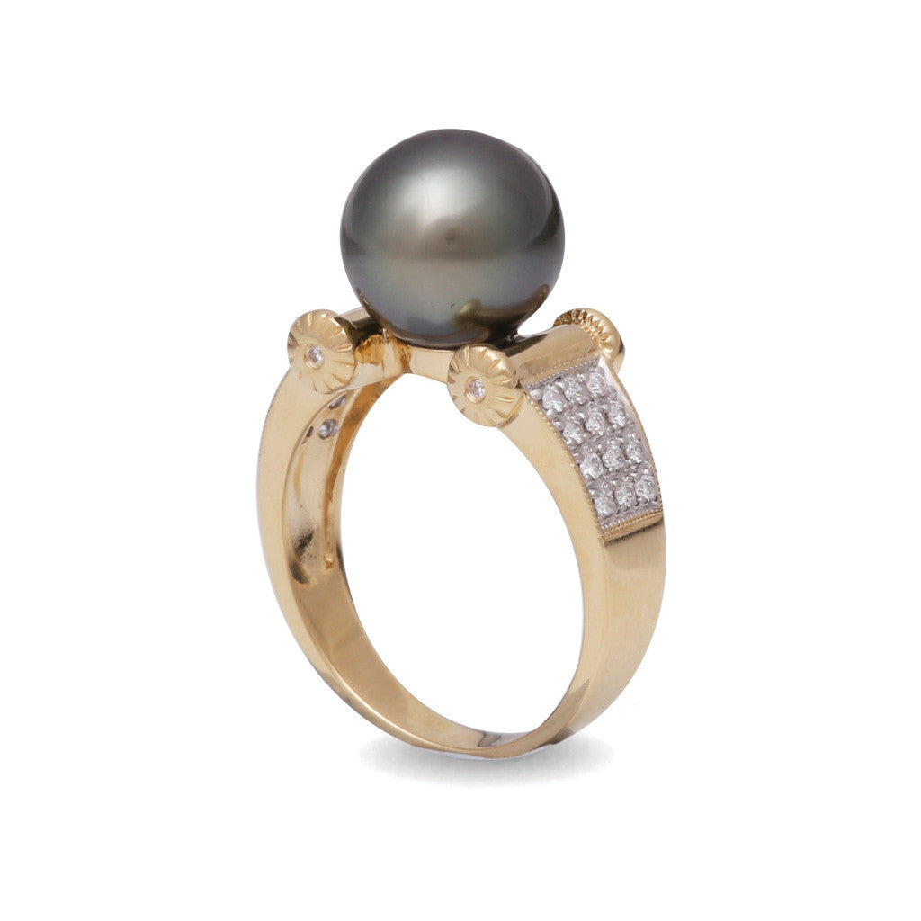 18K Yellow Gold Tahitian Cultured Black Pearl Ring