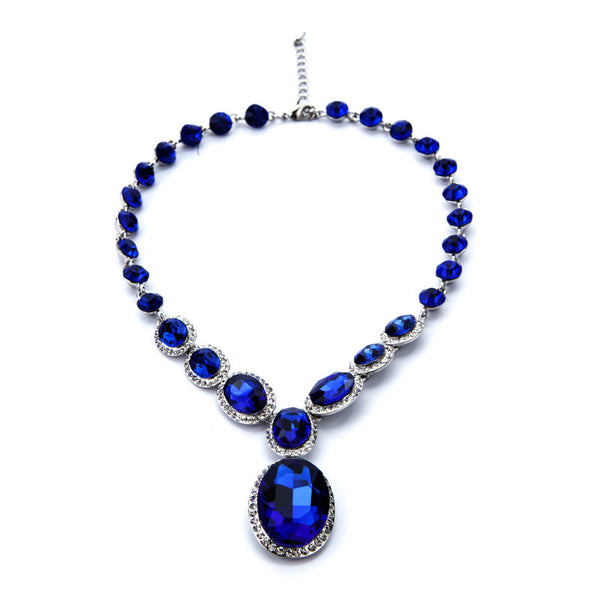 Crystal Elipse Necklace