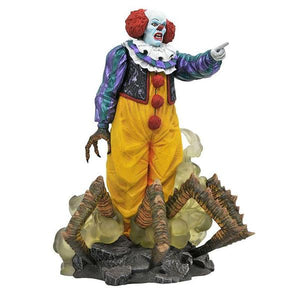 *Pre-order* It (1990) - Pennywise Gallery PVC Statue (ETA July)