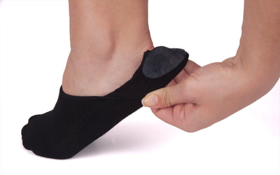 Black no show socks for women